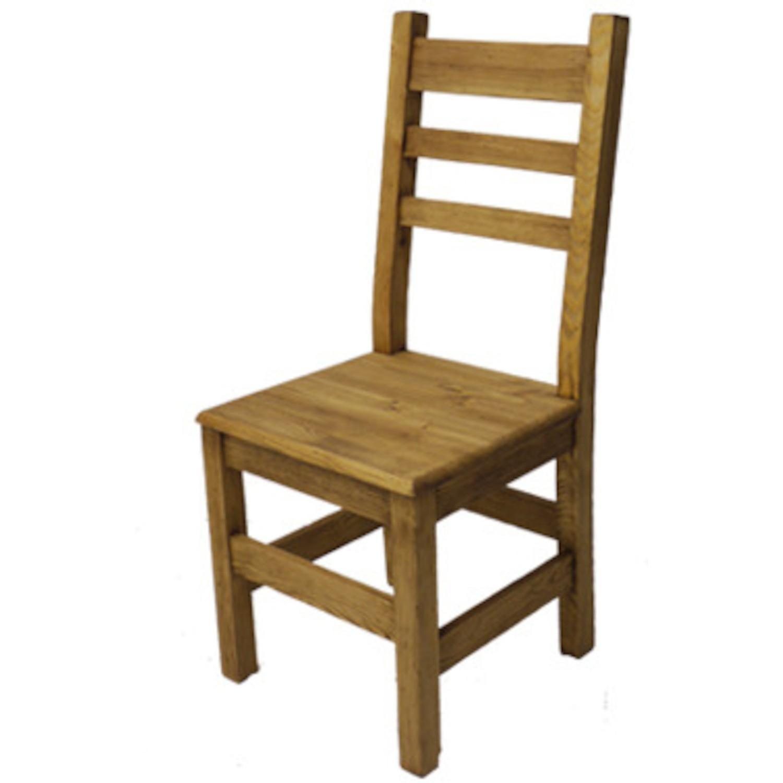 Chaise bois : pourquoi opter pour des chaises en bois avec